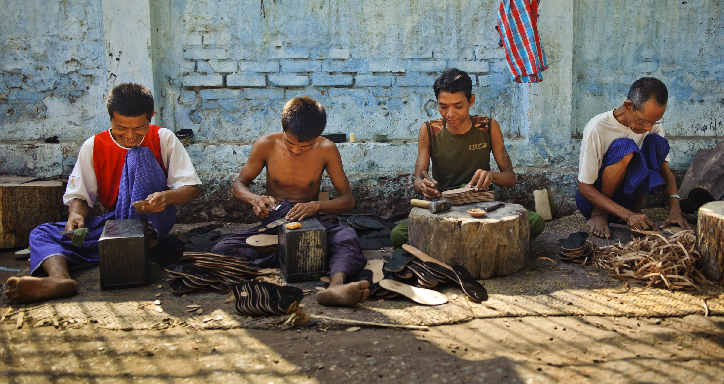 Craftsmen at work in Myanmar - by Andrew Philip, OMF International