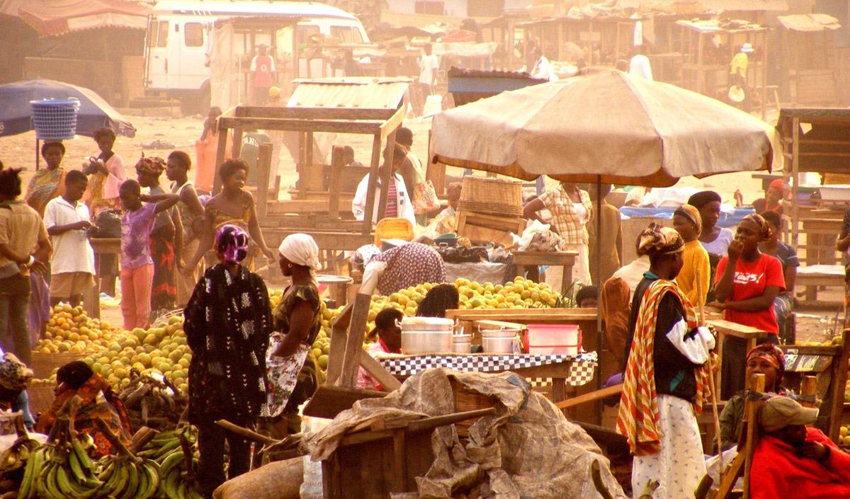 Hamattan market in Kasoa, Ghana - by James Ainooson