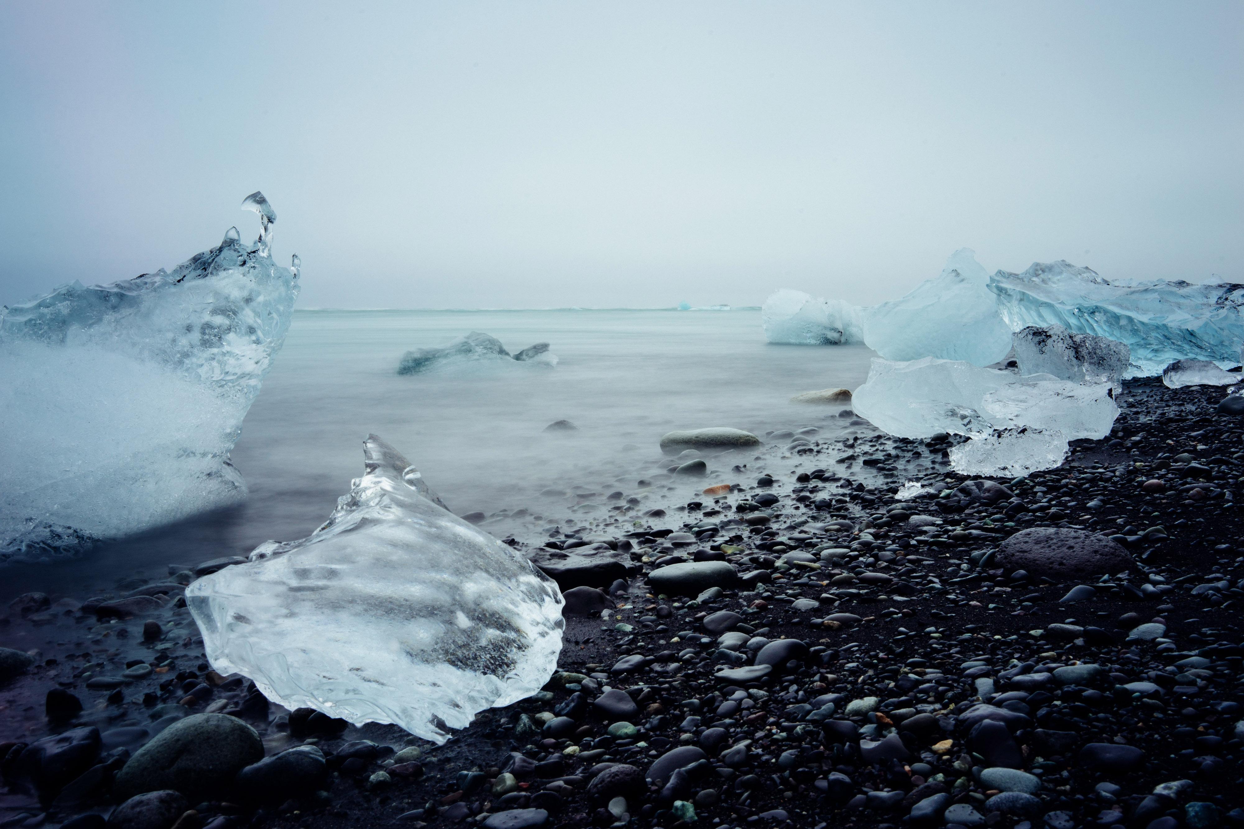 Jökulsárlón Iceberg Lagoon, Iceland - Andy Mai