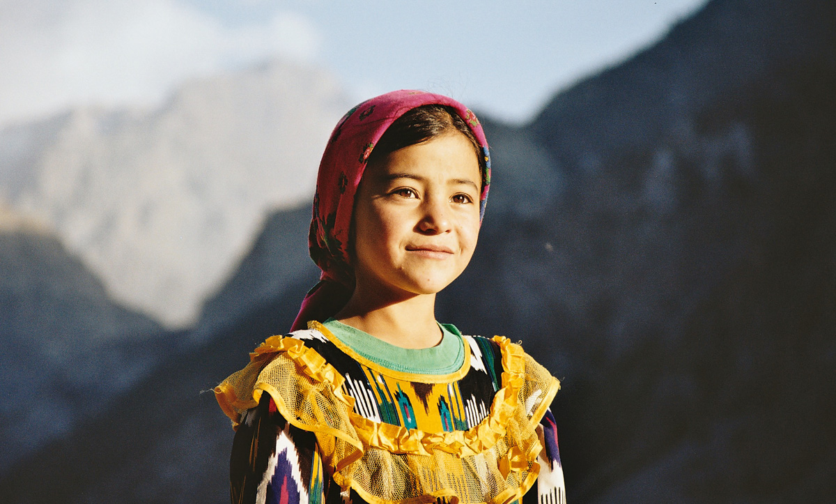 Portrait of a girl in Tajikistan - by Christophe Chenevier