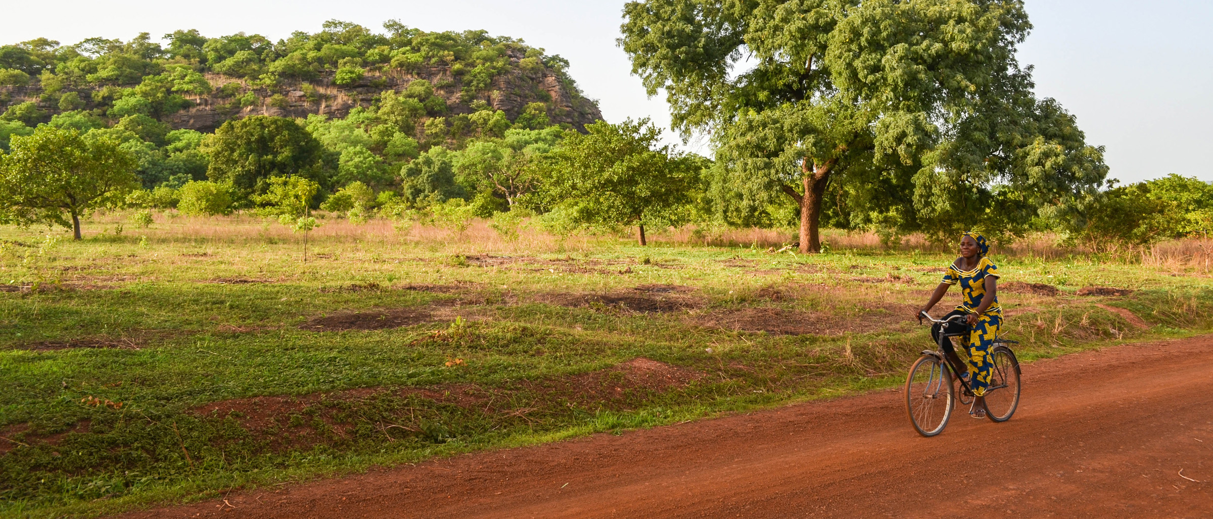 Road from Gabu to Koundara, Guinea - by jbdodane