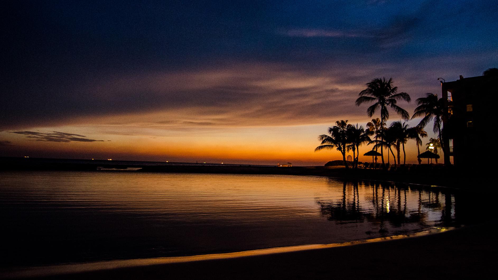 Sunset on Aruba - by Higor de Padua Vieira Neto