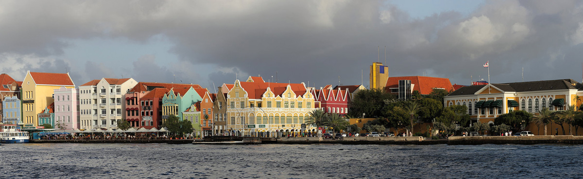 Willemstad, Curacao - by Rene Leubert