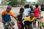 Children playing in Niomoune village in Senegal - by Valerian Gaudeau