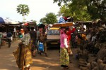 Kpalimé market, Togo - by Eileen Delhi